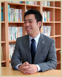 代表 田島 賢治
